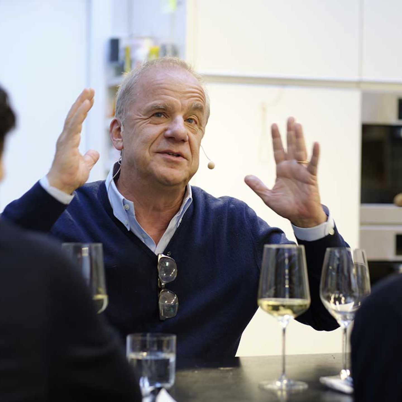 Hubertus Meyer-Burckhardt im Gespräch mit Jan Spielhagen und Christina Hollstein in der essen&trinken Küche