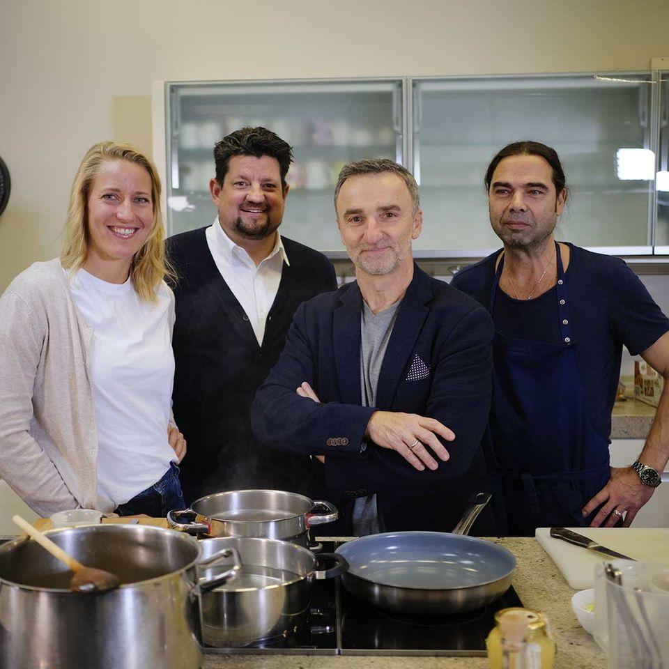 Johannes King in der essen&trinken Küche mit Christina Hollstein, Jan Spielhagen und Achim Ellmer