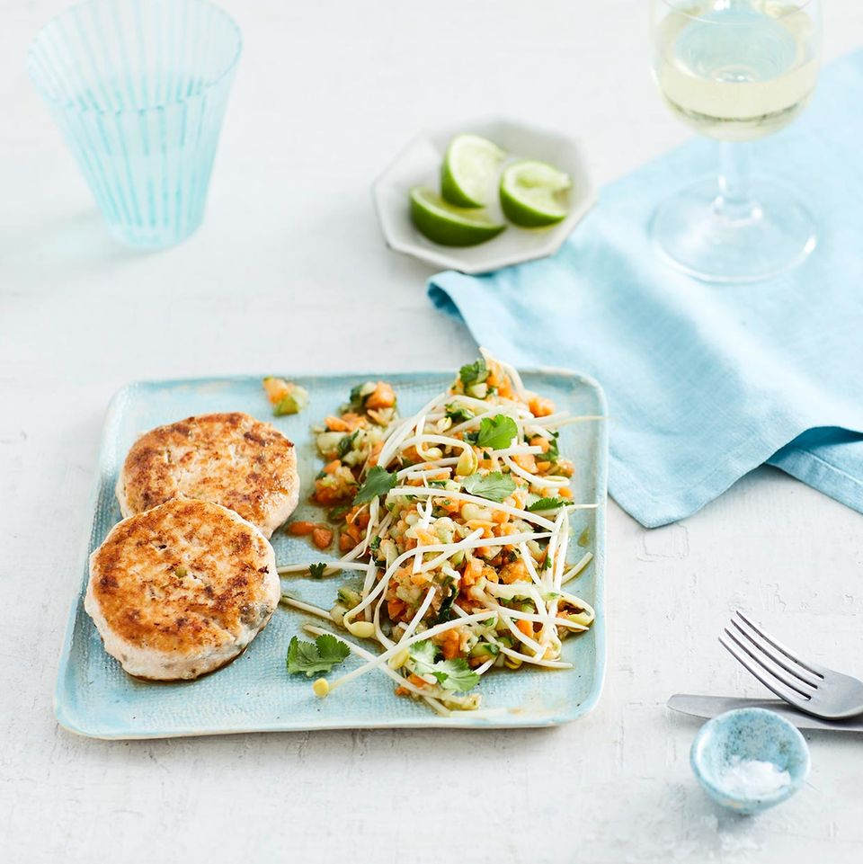 Lachsfrikadellen mit Gurkensalat für Thermomix ®