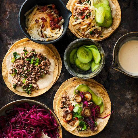 Tortillas mit Hackfleisch und Gemüse