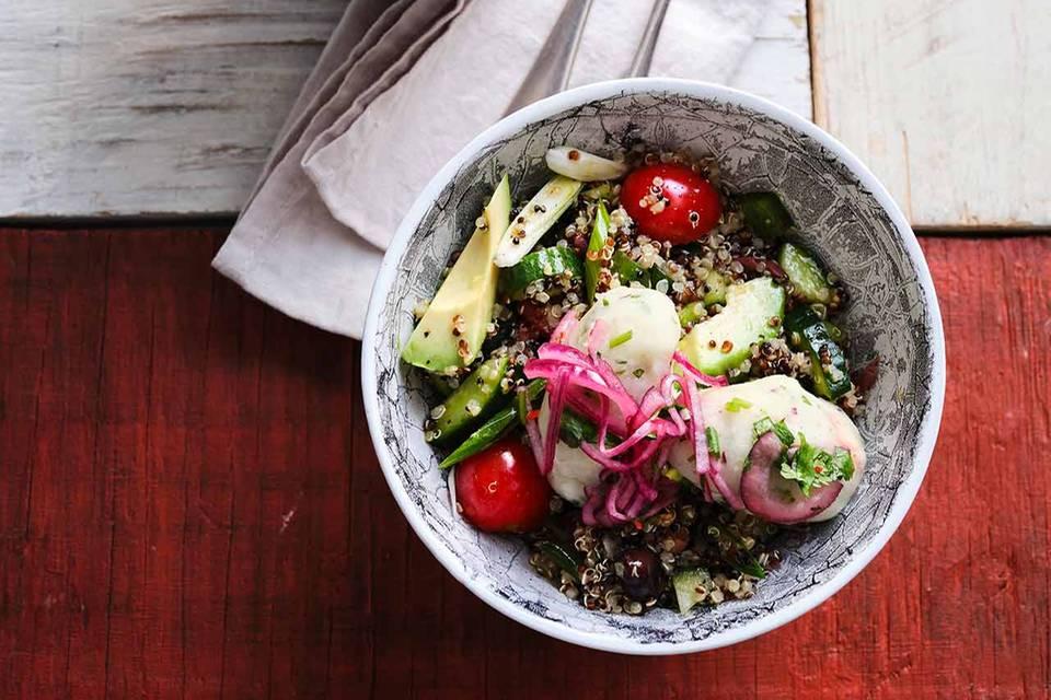 Quinoa-Salat mit Maniok-Bällchen Rezept