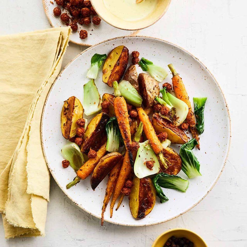 Pak-choi-Gemüse mit Limetten-Mayo