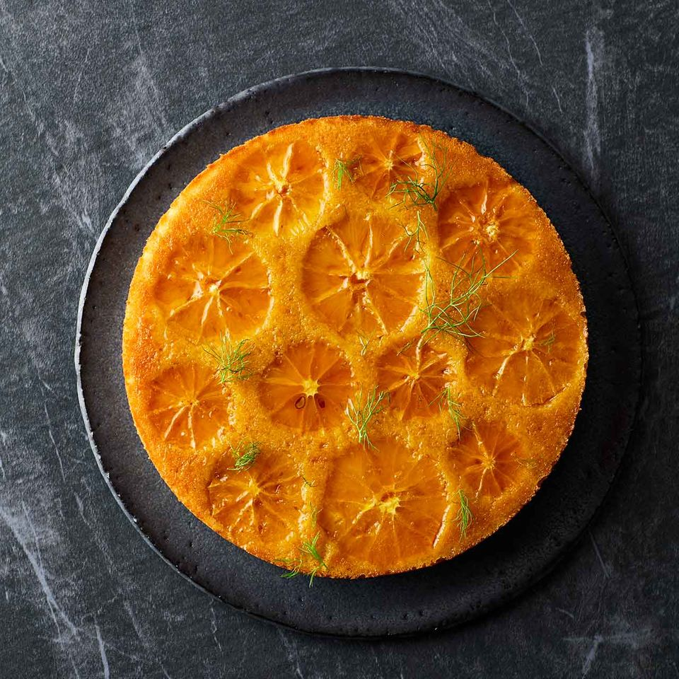 Orangen-Grieß-Kuchen mit Fenchel