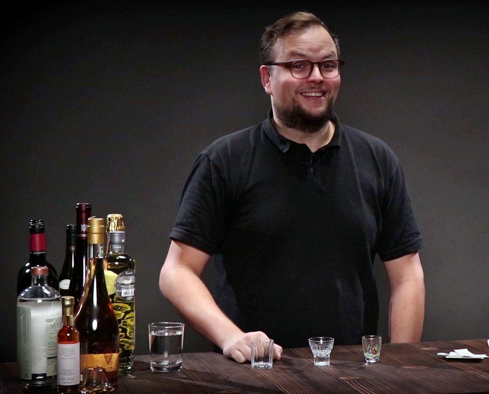 Benedikt Ernst spricht über alkoholfreie Spirituosen im Video