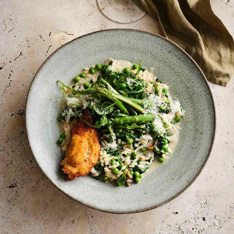 Gemüse-Risotto mit Backhähnchen