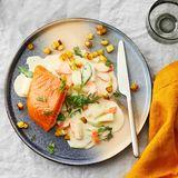 Gebeizter Lachs mit Gemüse in Wermutsauce