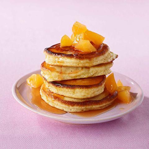 Pancakes mit Aprikosen