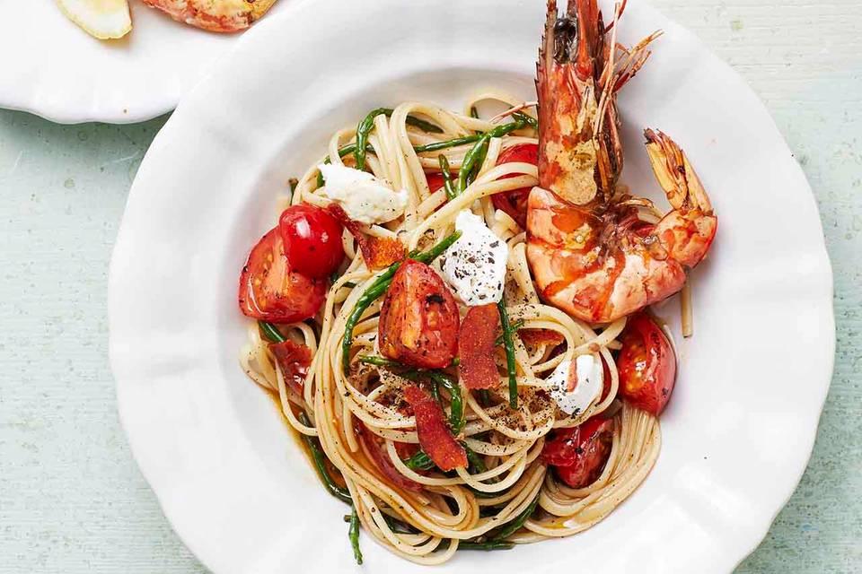 Spaghetti mit zweierlei Tomaten, Ricotta und Garnelen Rezept