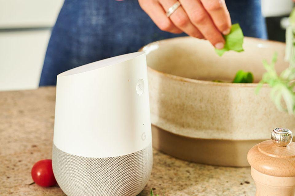 essen&trinken audiocooking mit Lautsprecher in der Küche