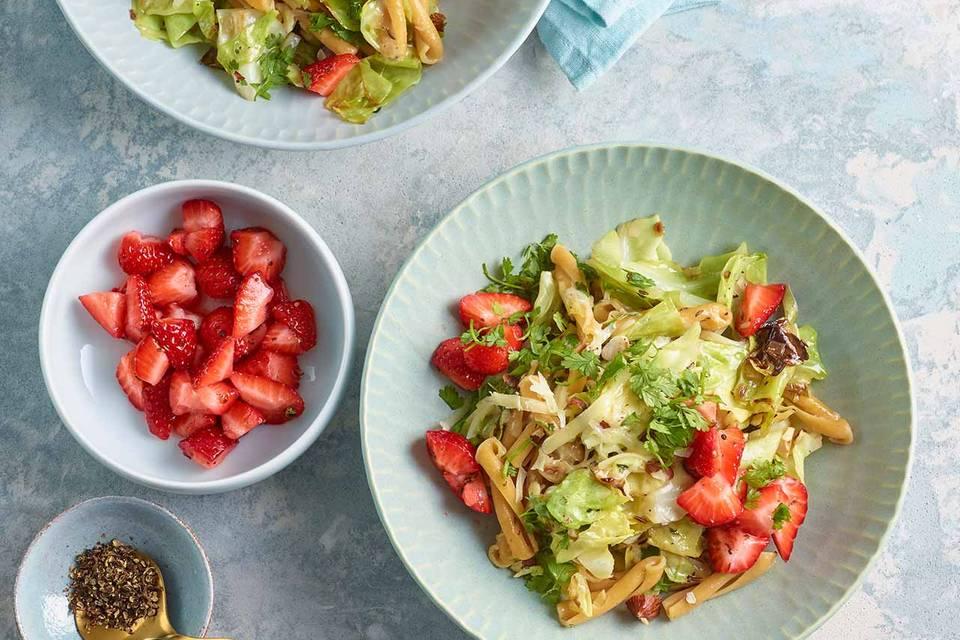 Kichererbsen-Pasta mit Erdbeeren Rezept