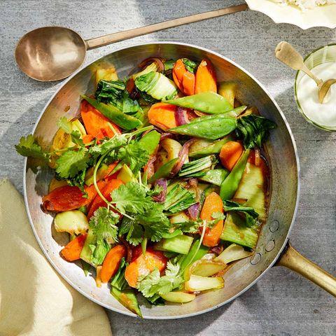 Gemüsepfanne mit Sesamreis