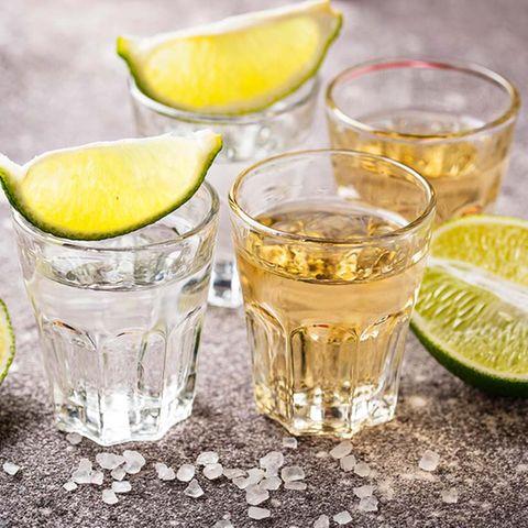 Tequila silber und gold mit Limette