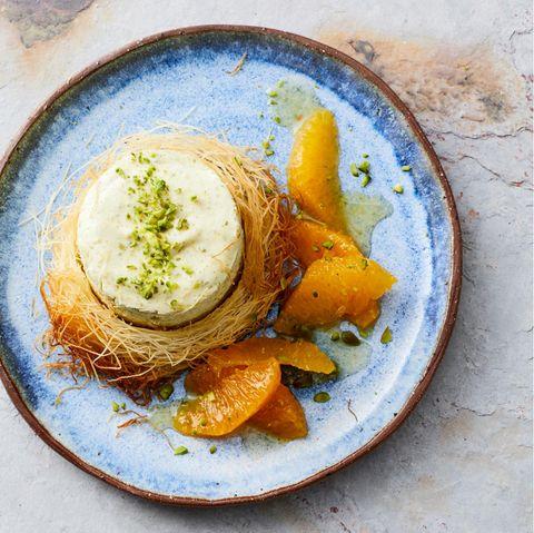 Pistaziencreme mit marinierten Orangen