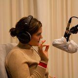 Spitzenköchin Viktoria Fuchs am Mikrofon