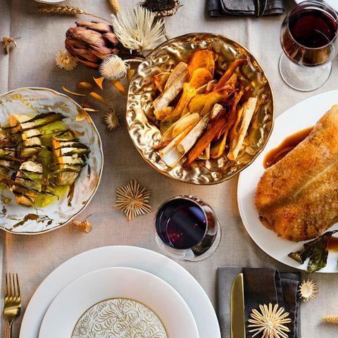 Entenbraten mit gebackenem Sellerie, Gemüsechips und Apfel-Confit