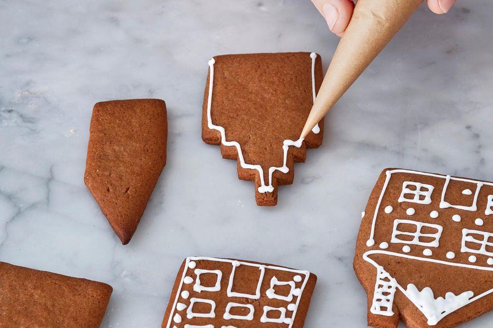 Schritt 7: Kekse dekorieren