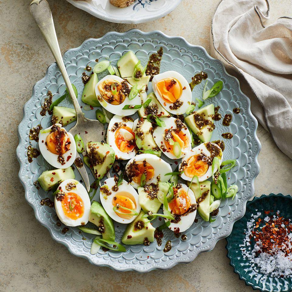 Eier und Avocados mit Zatar