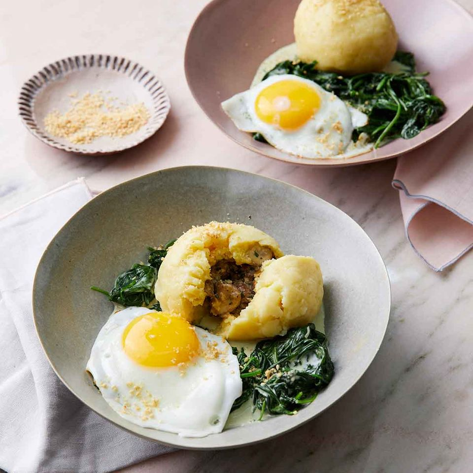 Kartoffel-Champignon-Knödel mit Rahmspinat