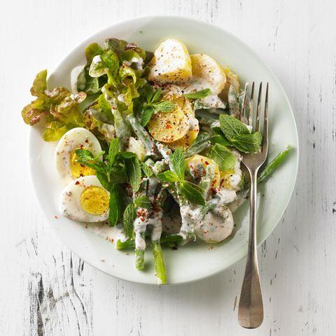 Kartoffel- Bohnen-Salat mit Joghurt-Minz-Dressing