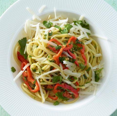 Mandel-Pesto-Pasta