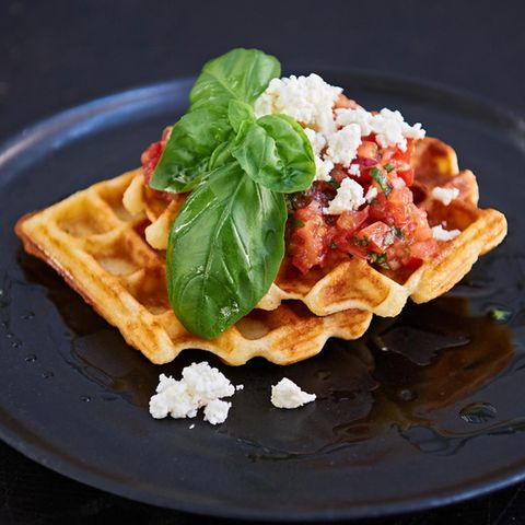 Bruschetta-Parmesan-Waffeln
