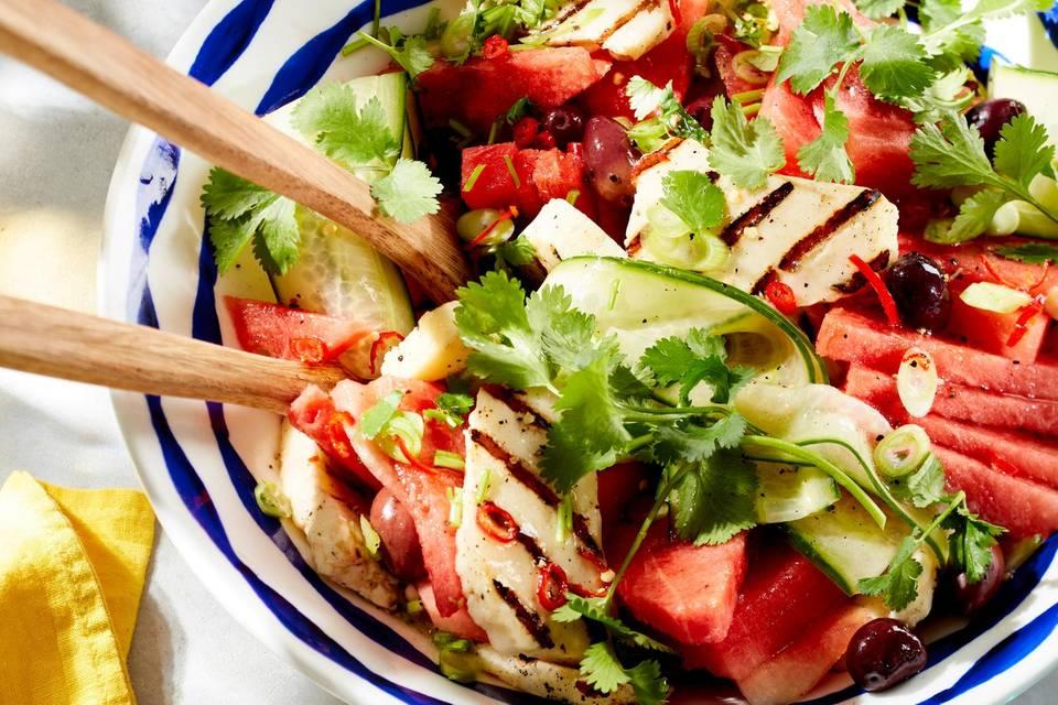Gurken-Wassermelonen-Salat mit Halloumi  Rezept