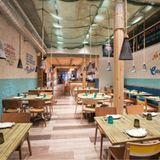 Yakumanka ist ein peruanisches Restaurant im Herzen von Genf, in dem Küchenchef Gastón Acurio den Fokus auf erlesene Meeresfrüchte legt. Eine offene Küche mit einer langen Bar, an der die Chefköche Ceviches und Tiraditos zubereiten, bildet das Herzstück des Restaurants. In einem ungewöhnlichen Ambiente genießen Sie die köstlichen Gerichte und leckeren Cocktails.    Yakumanka  Quai Turrettini 1  1201 Genf  Website  Instagram
