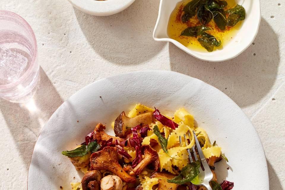 Capricciose mit Pilzen und Salbeibutter Rezept
