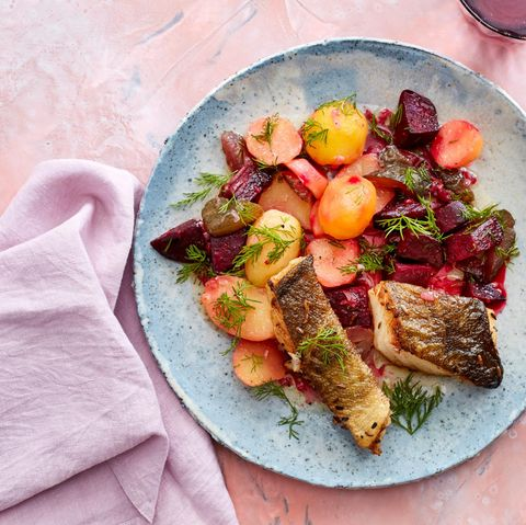 Kartoffel-Rote-Bete-Salat mit Kabeljau